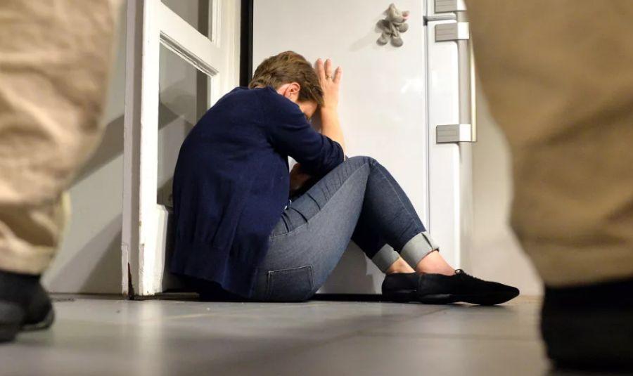 Склонение к самоубийству